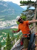 Tom-Bennett-climbing-photo
