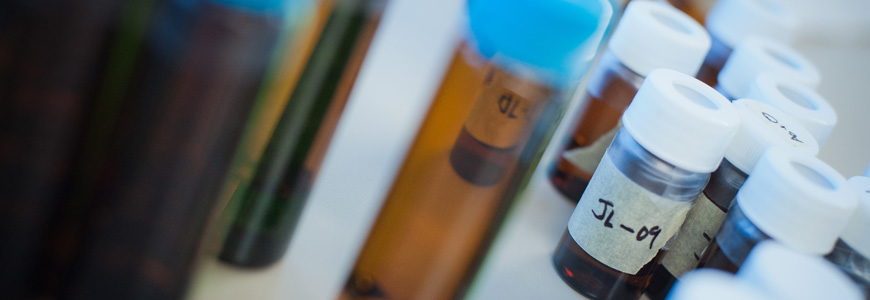 amber_vials_treated_untreated_drinking_water_samples