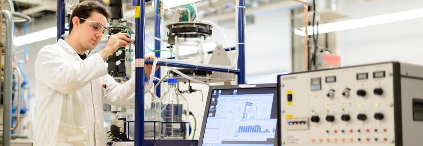 undergraduate_process_lab_distillation_equipment